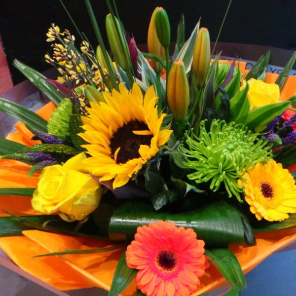 canterbury-flowers-contemporary-bouquets-sunny-days